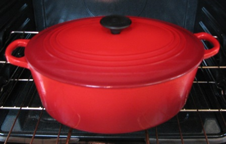 Le Creuset 9-quart oval French oven