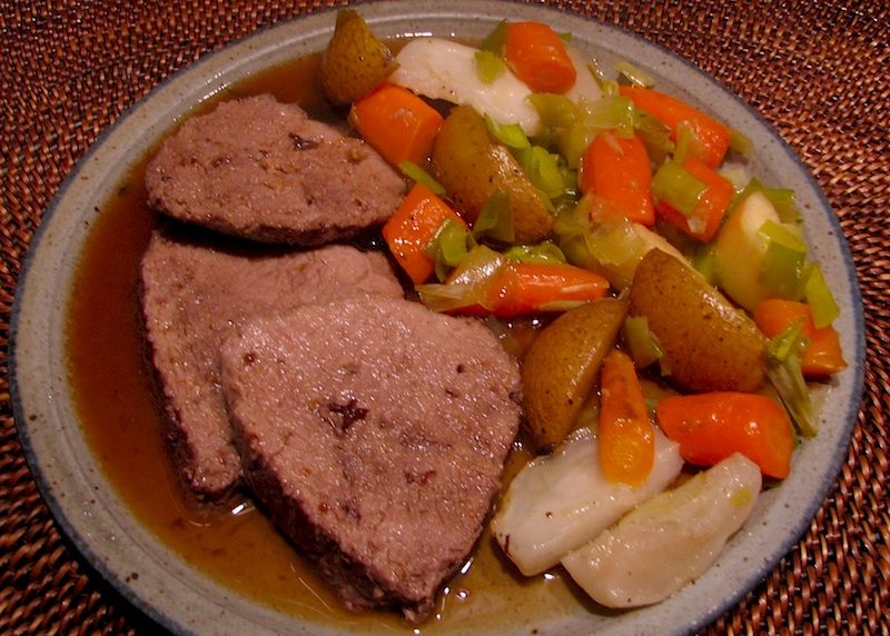 how to cook a sirloin tip roast with vegetables